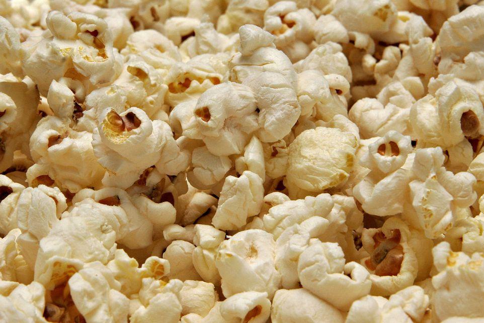 1280px-Popcorn02
